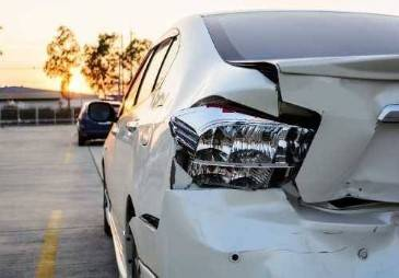 5 Things You Should Never Do After A Car Accident
